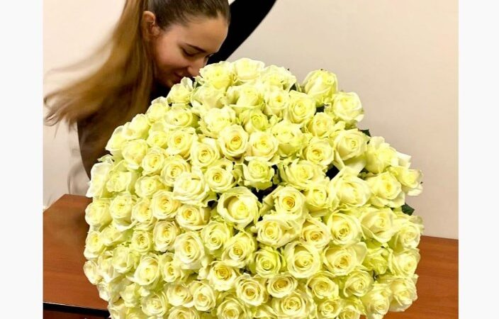 Почему доставка цветов на дом – это выгодно и быстро?