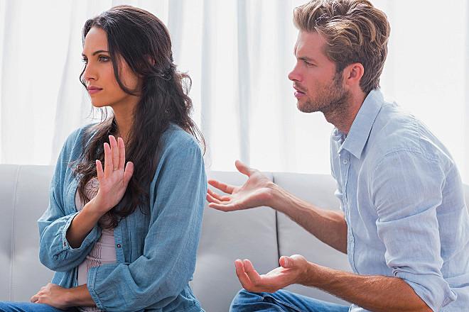 Дівчина не хоче відносин: як домогтися її розташування