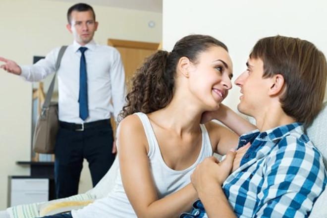 Що робити якщо дівчина зрадила хлопцю: прощати чи ні