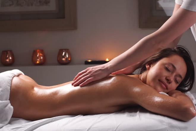 Як робити еротичний збудливий масаж дівчині в домашніх умовах