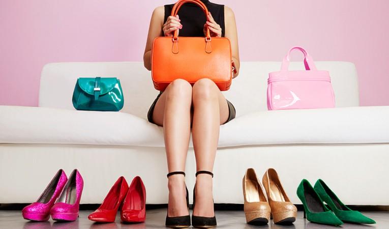 Выбор женской сумочки под гардероб