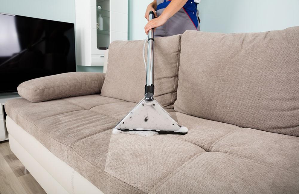 Грамотная химчистка ковров и мягкой мебели