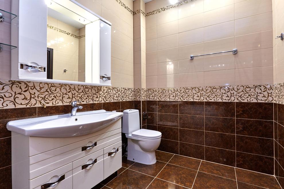 Интерьер ванной комнаты с использованием современной мебели