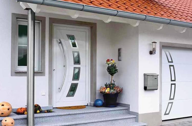 Входные уличные двери с утеплением – оптимальный вариант для частного дома