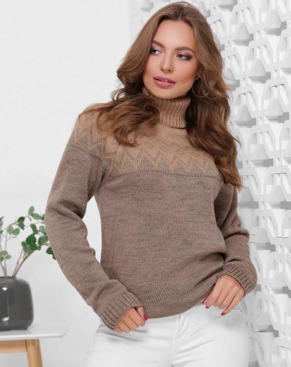 Якісний в'язаний жіночий светр бєжево-кавового кольору
